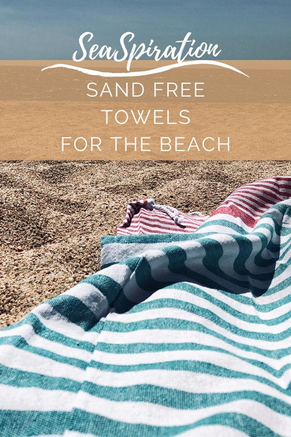 Sand repellent towels for the beach